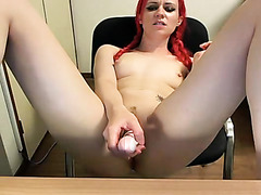 Emo redhead masturbates on webcam
