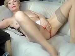 kinky_momy secret video 07/02/15 on 09:49 from MyFreecams