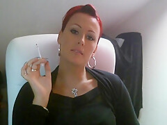 Cherie Noir Mistress smoking melk dirty talk german