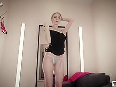 FITTING-ROOM Nancy A #2