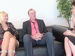 La France A Poil - Mature Amateur Couple Starts Into Po