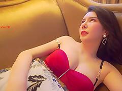 Li Lisha Nu Than Cua Su Pha Tron Giua Hai Dong Mau Va Bo Nguc Quyen Ru Cam Do De An Thit Ga M Vi So Tien Lon