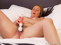 Chubby MILF Vibes Her Hairy Big Pussy To A Moaning Orgasm