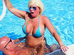 Sexiest Bikini Fuck Ever Pt 3. Hooters Stepmom Fucks Fit Stepson In Pool. Gets Huge Facial