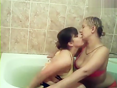 Two-SEXYgirls: two women in a bath