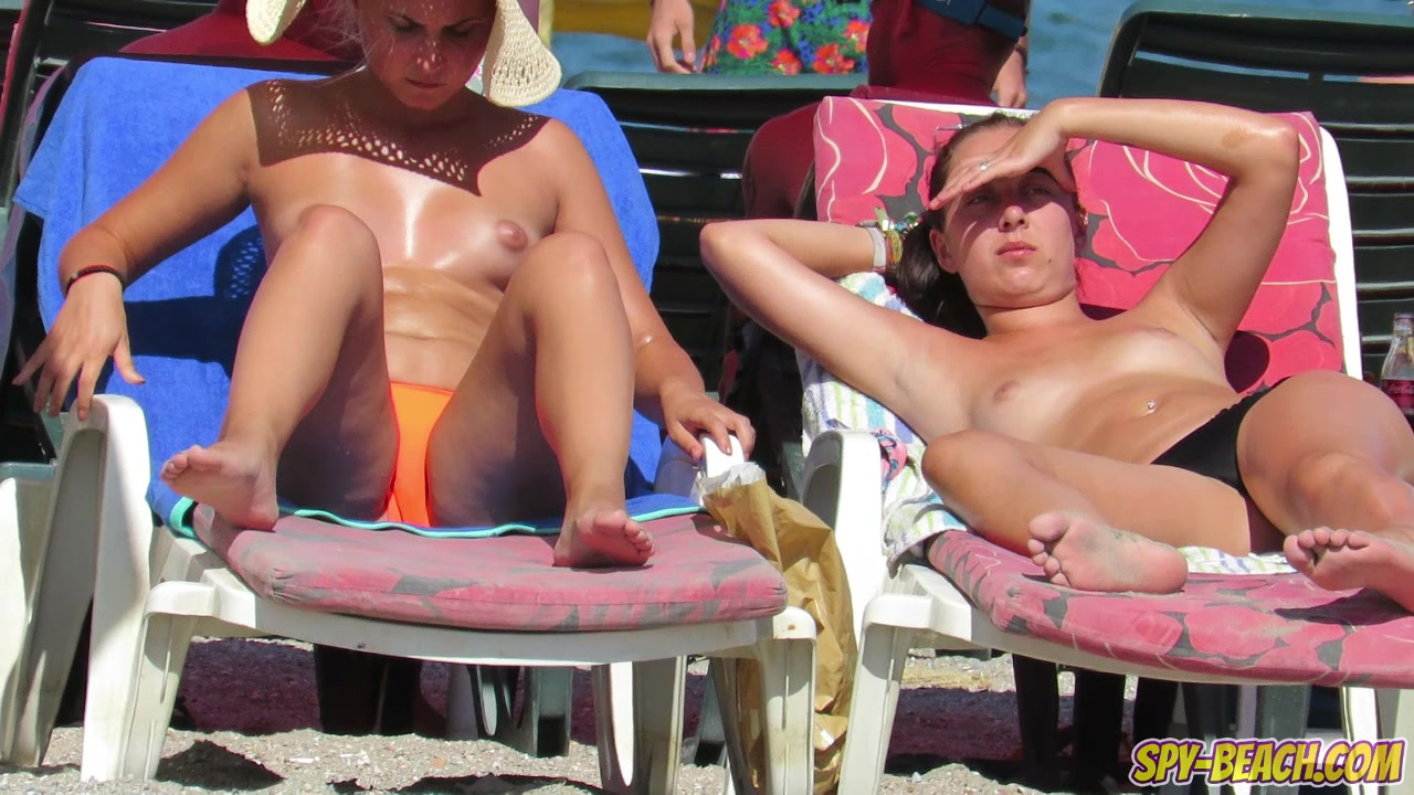 Topless Voyeur Beach Close Up HORNY Teens - Spy-Beach Video