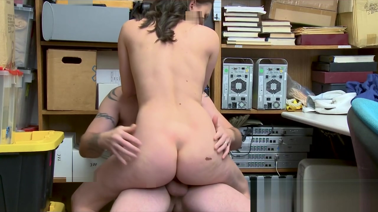 Alex More Choking with Tattooed Investigato Rs Huge Cock
