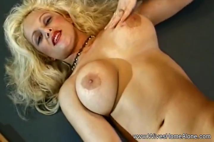Nina Whett in White Boots Trashy Blonde Milf Alone Arouse Her Pussy